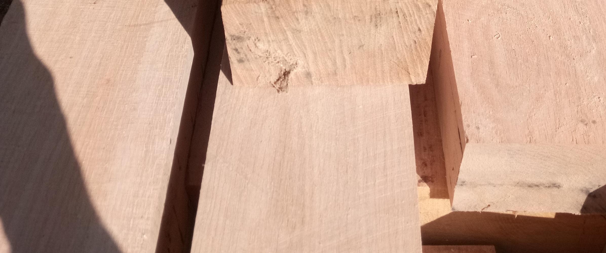 dubové trámy